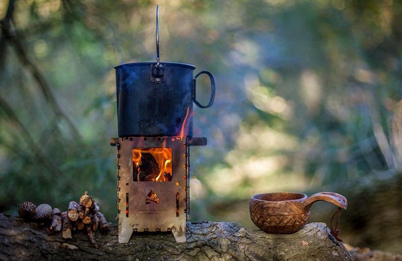 Wood Stove og Bushbox samt andet kogegrej til brænde